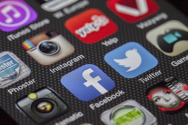 Reklama na Facebooku – strategia reklamowa w sieci społecznościowej